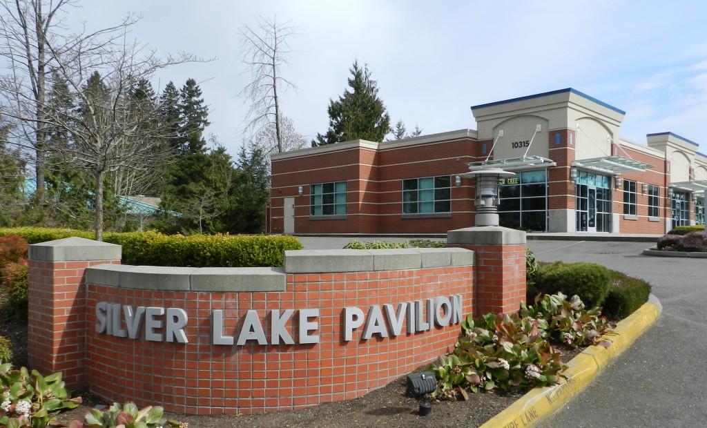 02 Silver Lake Pavilion - DSCN2788 - sunny
