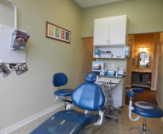 09 Dental room entrance - DSCN2686