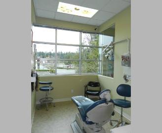 10 Dental room window - DSCN2691