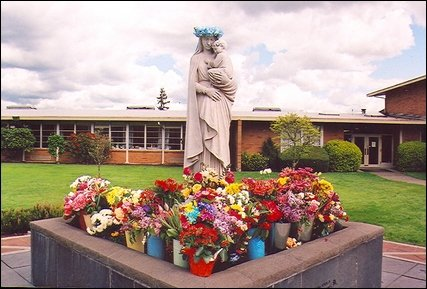St-Mary-Magdalen-Elementary-School-4Xt50q